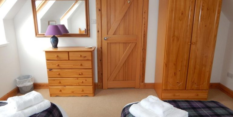 038 26 Geary Waternish Isle Of Skye Iv55 8gq Property Centre