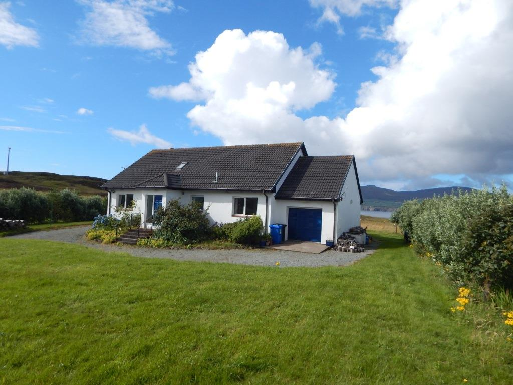 Les Papillons, 8 Dunanellerich, Harlosh, Isle Of Skye, IV55 8ZH