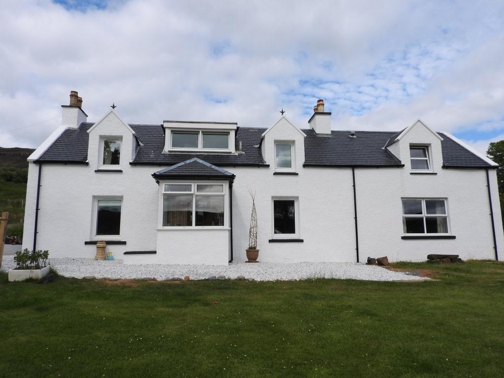 2 Camustianavaig, Portree, Isle of Skye, IV51 9LQ