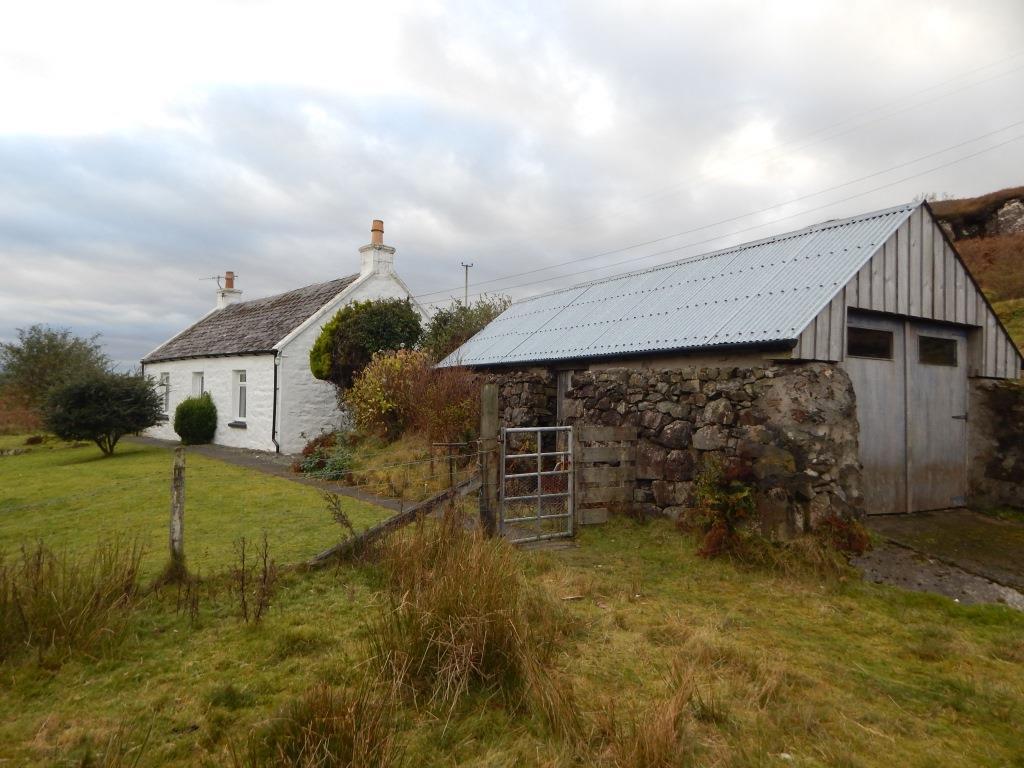 Storr View, 3 Prabost, Skeabost, Isle Of Skye, IV51 9PF