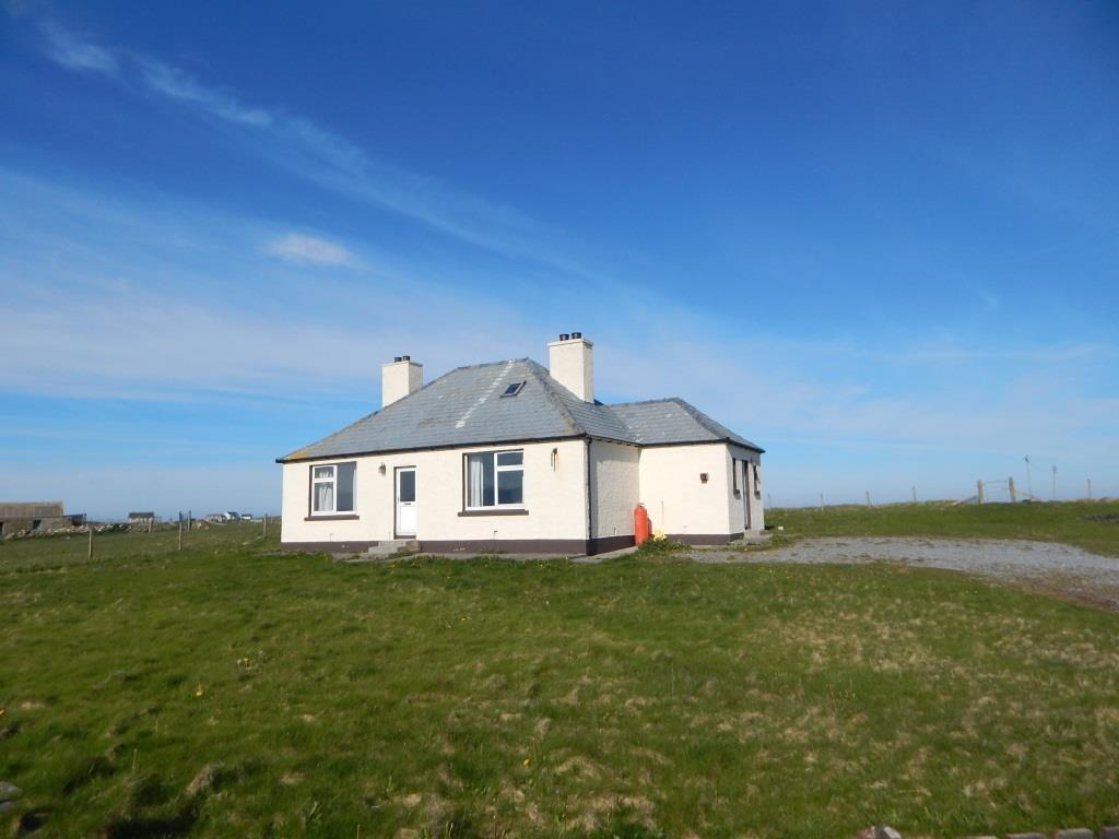 35 Kilaulay, Eochar, Isle Of South Uist, HS8 5RE
