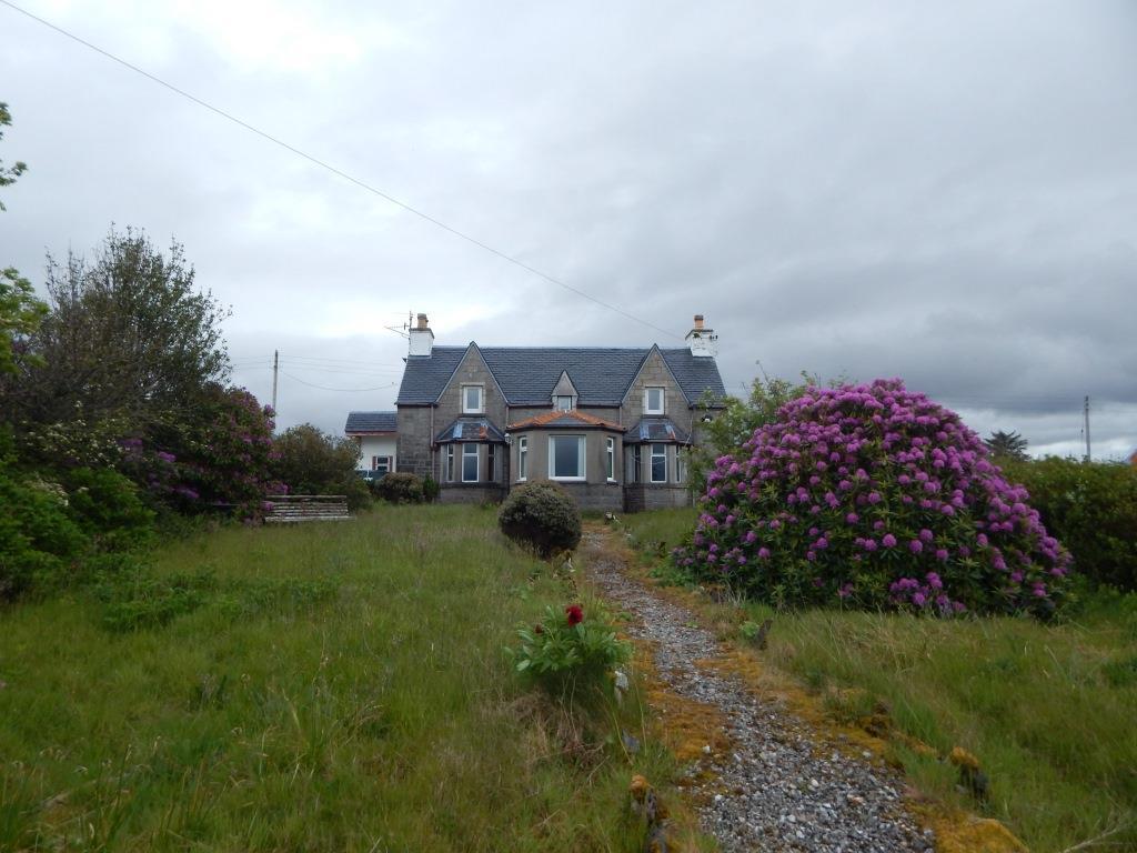 Cairnban, 16 Waterloo, Broadford, Isle of Skye, IV42 8QE
